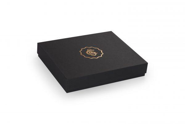 luxe geschenkverpakking, doos deksel verpakking, bedrukte doos met deksel, luxe presentatiebox, presentatiedoos, papier omplakte doos, linnen omplakte presentatiedoos, omplakte scharnierende verpakking, opapier omplakte box met scharnierend deksel, geschenkdoos verpakking, linnen omplakte box met losse deksel, opbergbox opbergdoos voor diverse brochures