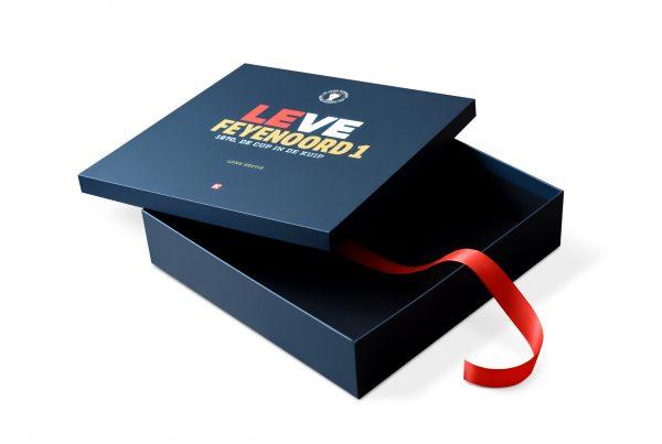 boekverpakking, luxe boekverpakking, boek cassette, boekcassette, luxe boek editie, Leve Feyenoord 1 – LUXE EDITIE, luxe gift-box, luxe boekuitgaven, premium verpakking